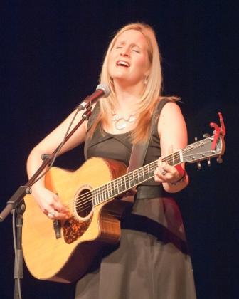 Maureen Ennis