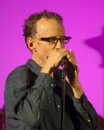 Harmonica virtuoso Carlos Del Junco